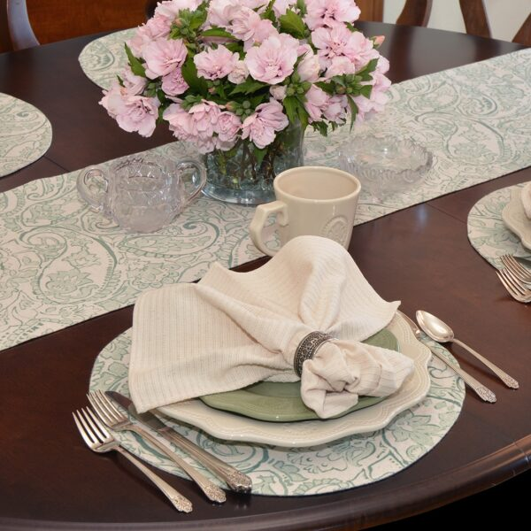 Sweet Pea Linens - Sea Mist Green Paisley Charger-Center Round Placemat (SKU#: R-1015-C5) - Alternate Table Setting