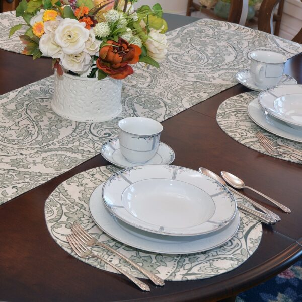 Sweet Pea Linens - Pewter Grey Paisley Charger-Center Round Placemat (SKU#: R-1015-C6) - Alternate Table Setting