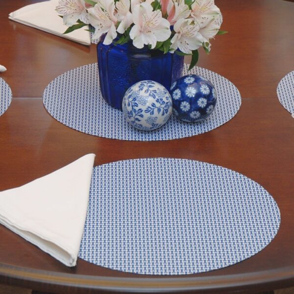 Sweet Pea Linens - Blue/White Wipe Clean Charger-Center Round Placemat (SKU#: R-1015-F18) - Table Setting