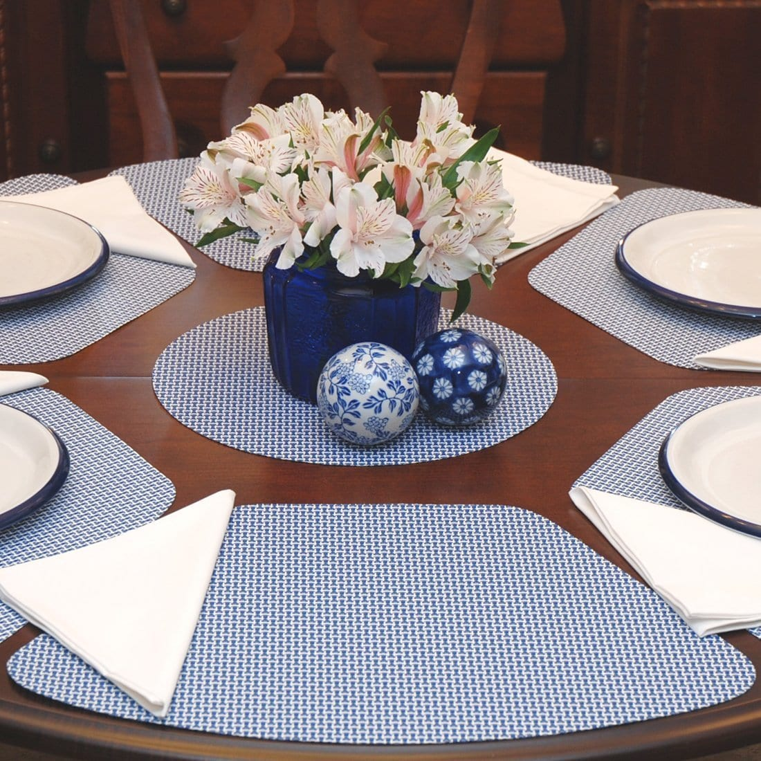 Wedge Shaped Placemats By Sweet Pea Linens, Placemats For Round Tables Wedge Pattern