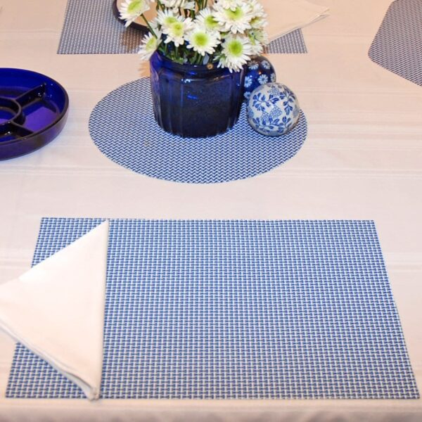 Sweet Pea Linens - Blue/White Wipe Clean Rectangle Placemats - Set of Four plus Center Round-Charger (SKU#: RS5-1002-F18) - Table Setting