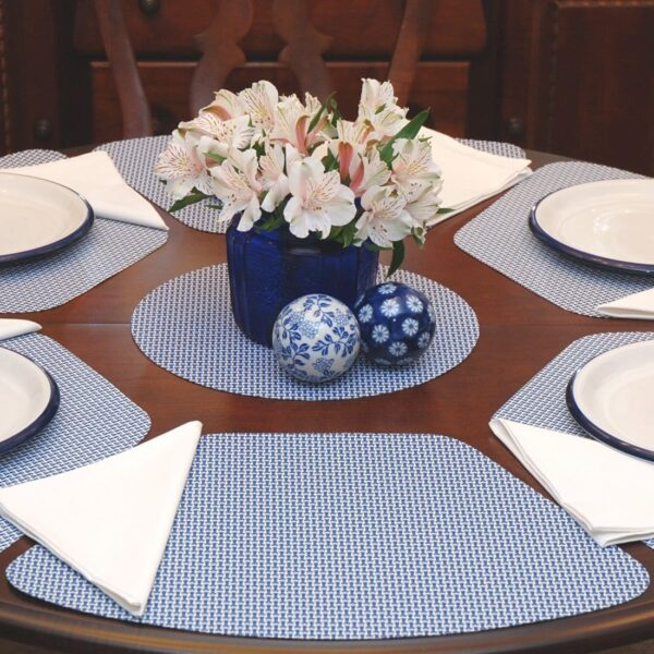 Sweet Pea Linens - Blue/White Wipe Clean Wedge-Shaped Placemats - Set of Four plus Center Round-Charger (SKU#: RS5-1006-F18) - Table Setting