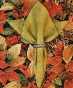 Sweet Pea Linens - Green Tonal Leaf Cloth Napkin (SKU#: R-1010-L11) - Product Image