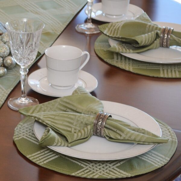 Sweet Pea Linens - Celery Green Lattice Jacquard Charger-Center Round Placemat (SKU#: R-1015-L22) - Table Setting