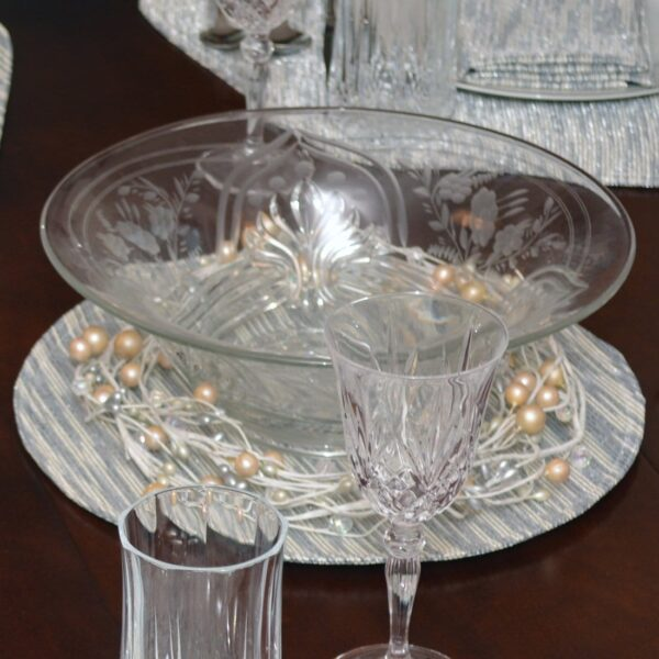 Sweet Pea Linens - Silver & Cream Metallic Striped Charger-Center Round Placemat (SKU#: R-1015-U10) - Table Setting
