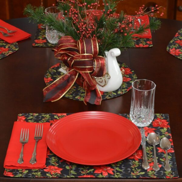 Sweet Pea Linens - Poinsettia Garland Holiday Print Rectangle Placemats - Set of Four plus Center Round-Charger (SKU#: RS5-1002-U14) - Table Setting