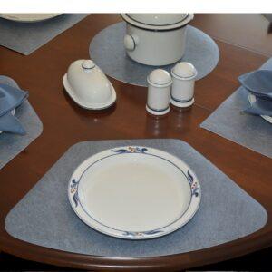 Sweet Pea Linens - Dusty Blue Vinyl Wipe Clean Wedge-Shaped Placemats - Set of Six plus Center Round-Charger (SKU#: RS7-1006-V9) - Table Setting
