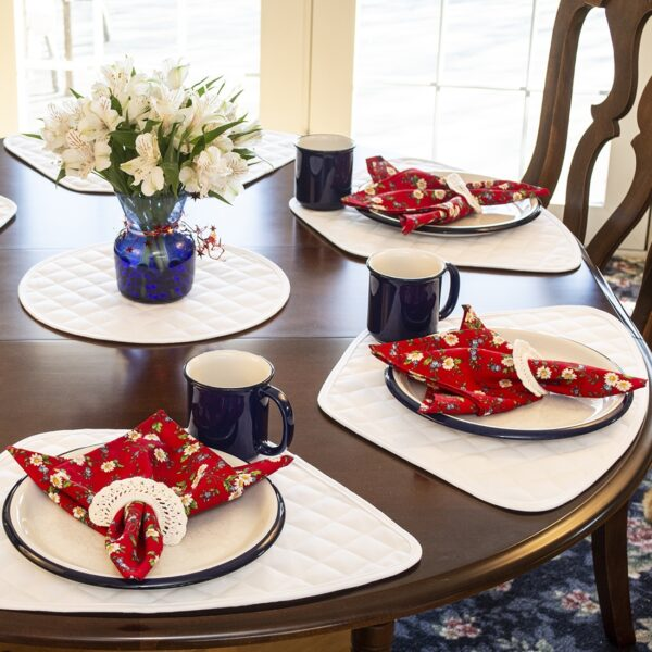 Sweet Pea Linens - Red Daisy Rolled Hem Cloth Napkin (SKU#: R-1010-Y42) - Table Setting