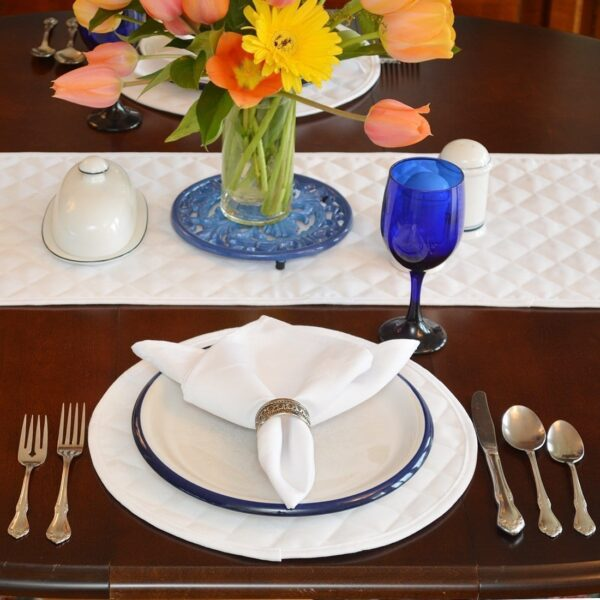 Sweet Pea Linens - Solid White Quilted Jacquard Charger-Center Round Placemat (SKU#: R-1015-Y1) - Alternate Table Setting