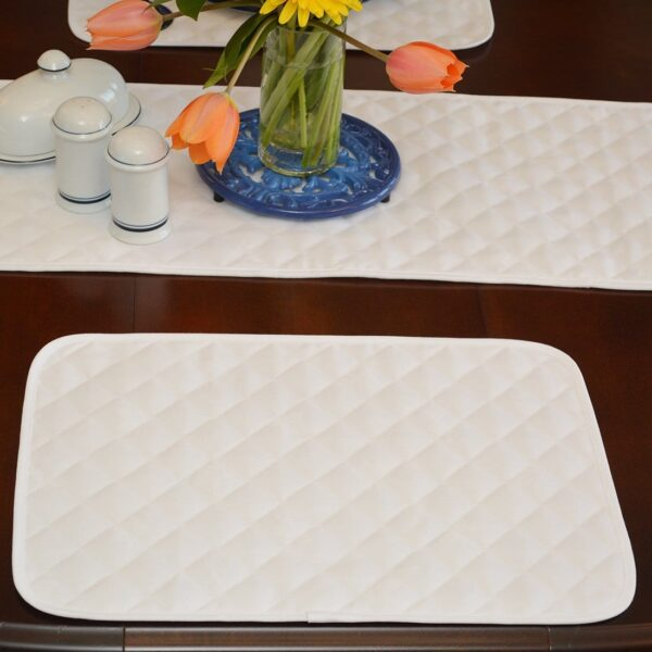 Sweet Pea Linens - Solid White Quilted Jacquard Rectangle Placemats - Set of Four plus Center Round-Charger (SKU#: RS5-1001-Y1) - Table Setting