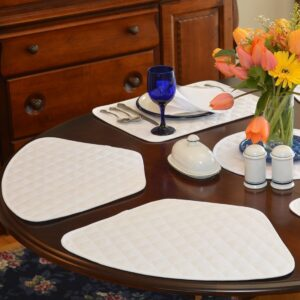 Sweet Pea Linens - Solid White Quilted Jacquard Wedge-Shaped Placemats - Set of Four plus Center Round-Charger (SKU#: RS5-1006-Y1) - Table Setting