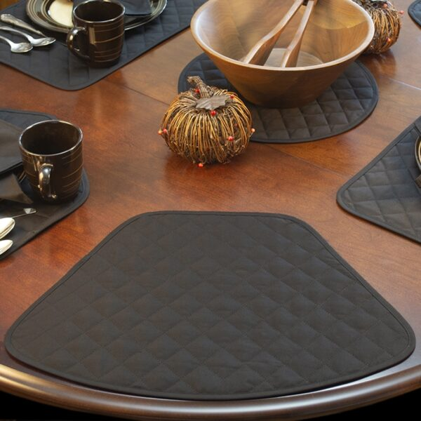 Sweet Pea Linens - Solid Black Quilted Wedge-Shaped Placemats - Set of Four plus Center Round-Charger (SKU#: RS5-1006-Y6) - Table Setting